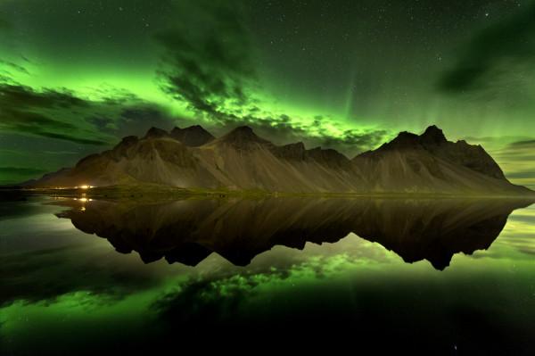Stokksnes under northern lights
